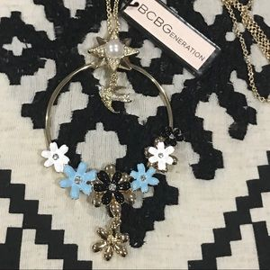NWT BCBGeneration Gold Necklace